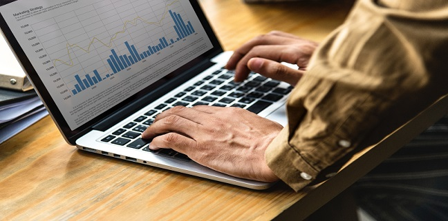 Você utiliza e-mail marketing para se comunicar com os seus clientes?